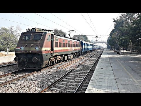 Late running Allahabad Jaipur Express spotted with Electric Loco blasting through Runkuta