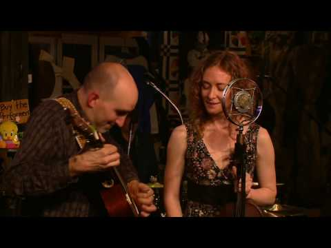 """Little Bird"" - Dan Frechette & Laurel Thomsen at Kulak's Woodshed"