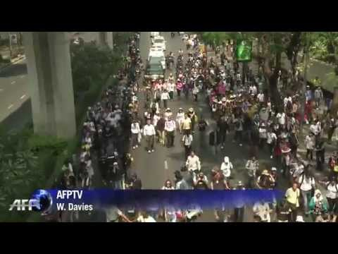 กำนันสุเทพ Thailand Protesters vow no let up after disrupting poll