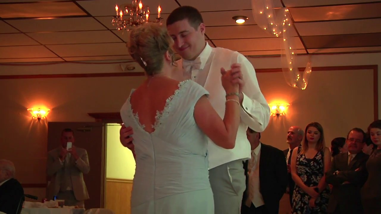 Mother Son Wedding Dance.Fun Mother Son Wedding Dance