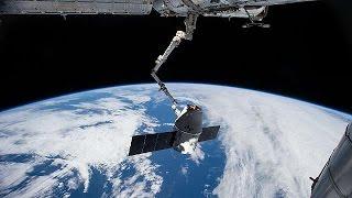 Канада заселит космос роботами   space