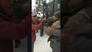 Fight Between Local Drivers And Indian Army At Gulmarg | Kashmiri Kalle Kharab Video | Funny Video