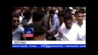 Akbar Owaisi zindabad slogans echoed at Golconda fort |  independence day at Golconda Fort