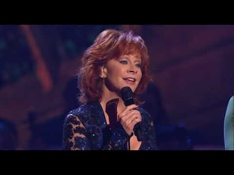 The Isaacs W/ Reba McEntire| What Child Is This?