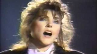 "Laura Branigan - ""Power Of Love"" LIVE"