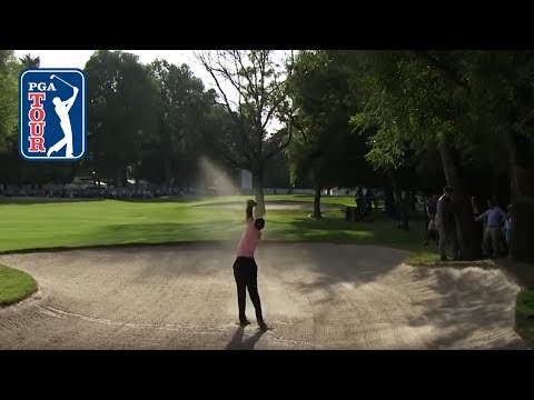That unbelievable Tiger Woods' fairway bunker shot | WGC Mex