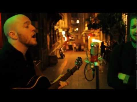 "Wild Beasts - Bed of Nails / ""Long Way from Home"" Istanbul Acoustic Sessions"