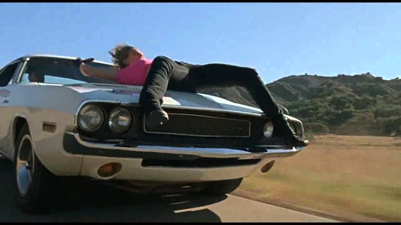 Charger Vs Challenger >> Auto zabiják (Death Proof) - Challenger - part 1 - YouTube