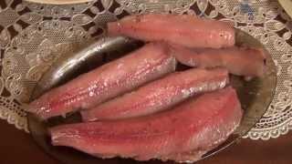 как быстро почистить рыбу хариус / Рыба хариус на строганину / Рыба хариус на праздничный стол