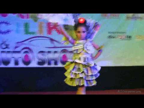 Batam pos fesion show Qia busana koran 2015
