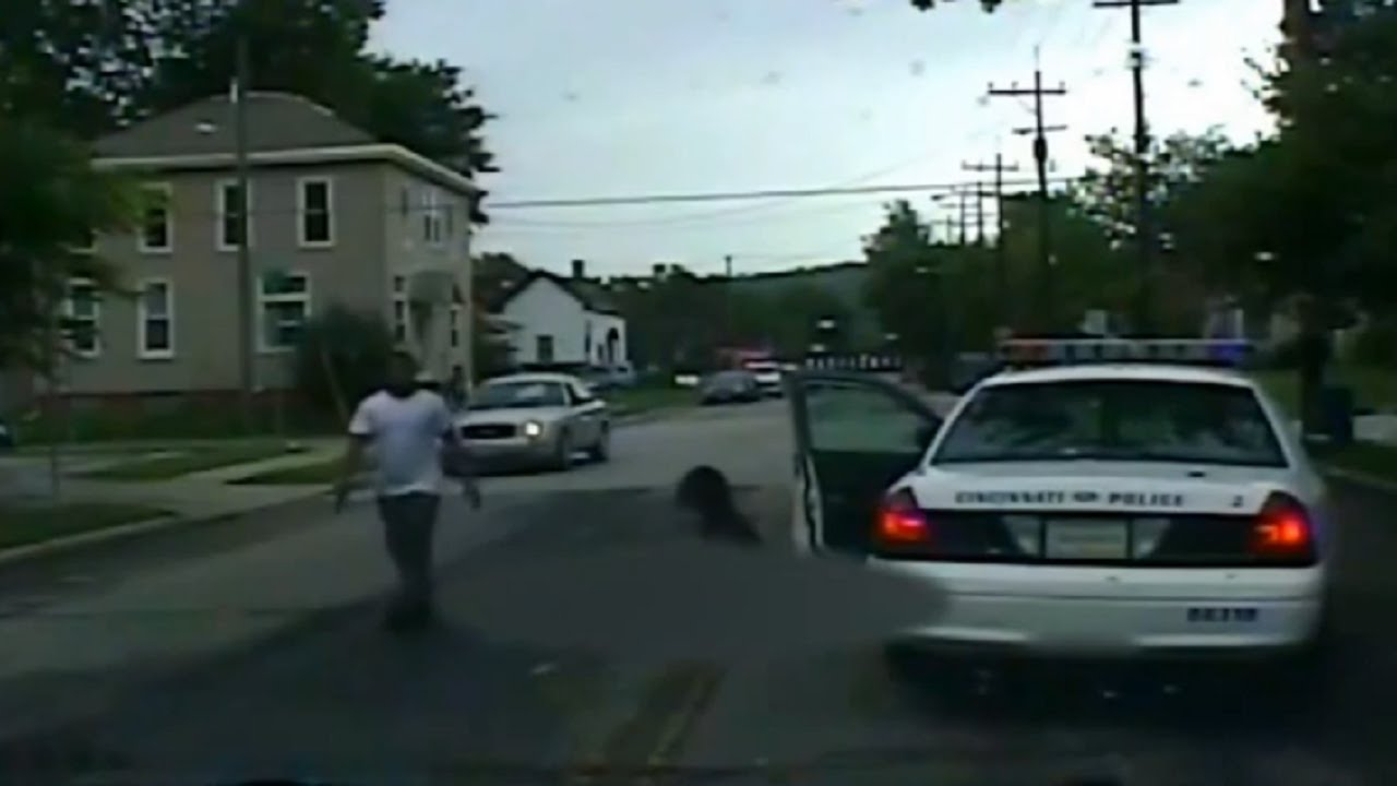 LiveLeak - The moments after Officer Sonny Kim shooting