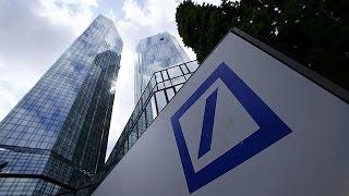 """بالفيديو..النيابة العامة الألمانية تقوم بتفتيش """"دوتشيه بنك"""" في فرانكفورت"""