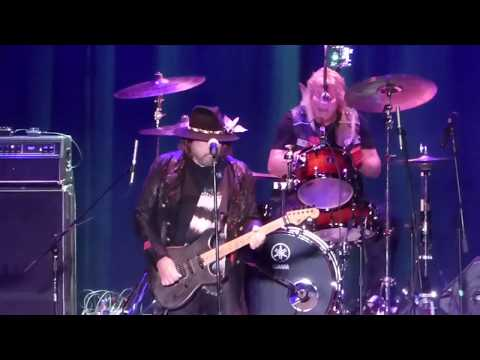 Dokken  Full Show,  at The Beacon Theatre in Hopewell Va on 12817