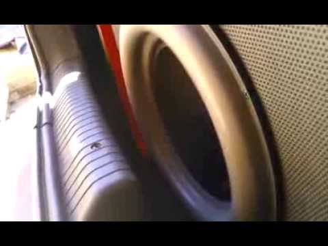 subwoofer Pulse tocando love bass