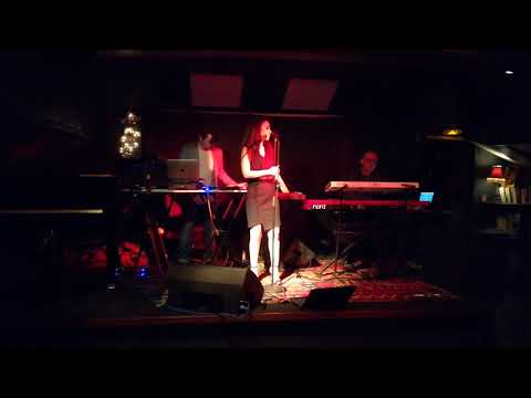 Nutty, Live @Piano Barge - Certain Angle (DJ Tennis Cover)