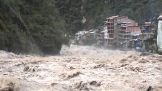 Nivel de Caudal del Rio Urubamba (Vilcanota) Machupicchu 16-02-2012- 14.02 p.m.avi