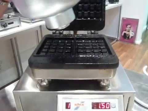 silex grills silex waffle baker demonstration part 1. Black Bedroom Furniture Sets. Home Design Ideas