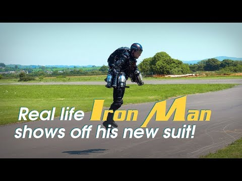 Live: Real life Iron Man shows off his new suit! 钢铁侠来啦!快逮住他!