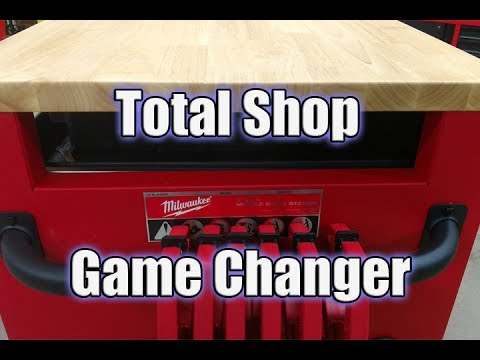 Milwaukee Tool 52 in. 11-Drawer Mobile Workcenter Review 48-22-8522