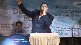 JOVEN ENDEMONIADO TRATA DE ESTORBAR PREDICACION (ZAHUATLAN, MEXICO) (MARLON LOPEZ)