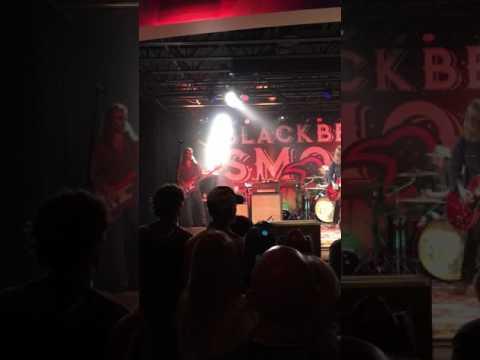 BLACKBERRY SMOKE 6/29/17 - BLUE OCEAN MUSIC HALL SALISBURY, MA.