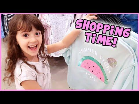 Shopping mamme e figlia da H&M - Silvia e Alyssa