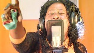 JOYCE ABOAGYE..INSPIRATIONAL WORSHIP YOU WILL NEVER GET BORED PRAYING