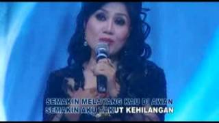 Video Rita Sugiarto - Oleh Oleh (Original) download MP3, 3GP, MP4, WEBM, AVI, FLV April 2018