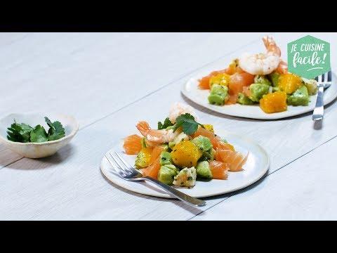 recette-facile-de-tartare-d'avocat,-crevettes-et-saumon-fumé