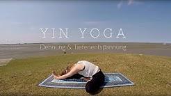 15 Min Yin Yoga | Dehnung & Tiefenentspannung an der Nordsee