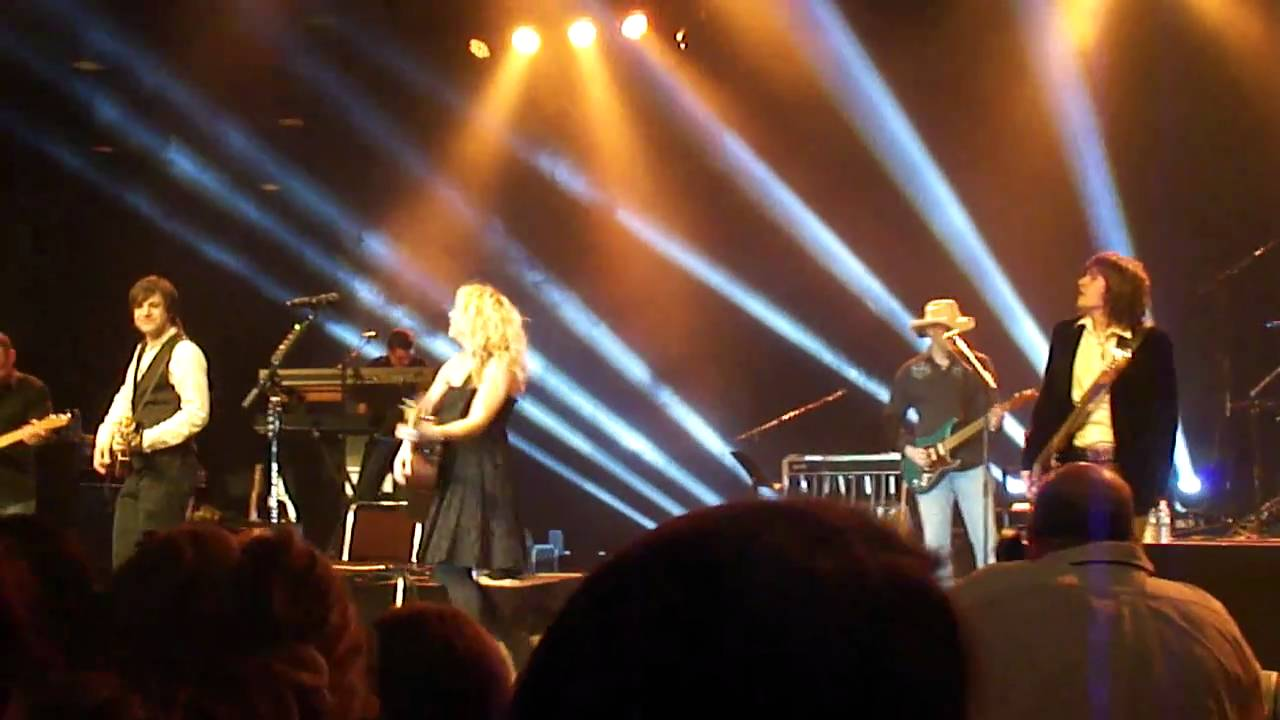 Fat Bottomed Girls (Queen Cover) -The Band Perry