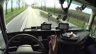 PL-CZ. Первое ДТП. Нападение психа на авто. Автостопщицы из Poznan.