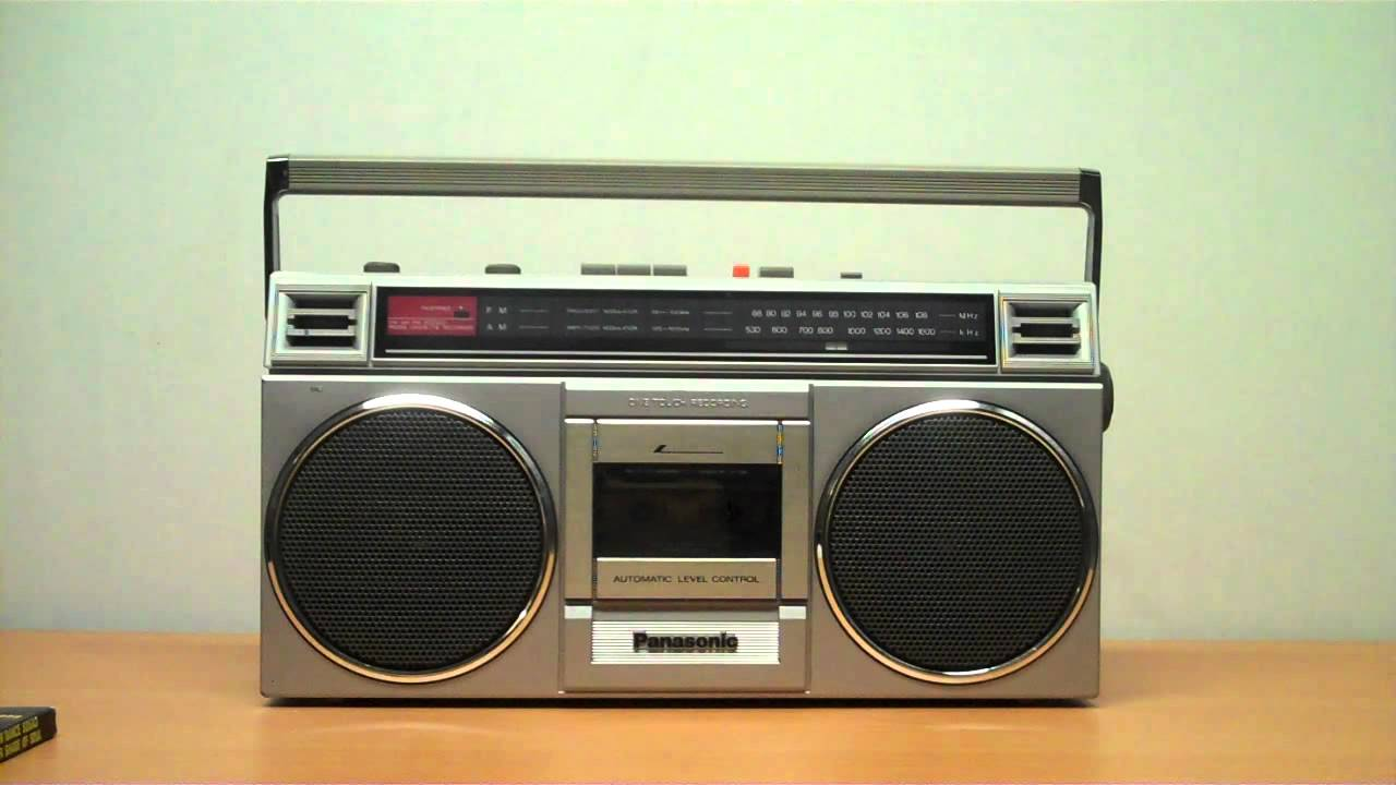 """Vintage 80s Sony CFS-77 Boombox FM/AM Stereo Radio 8""""-woof ...  
