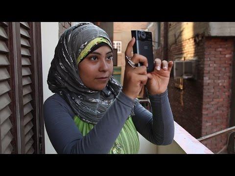 Deconstructing Digital Video for Activists