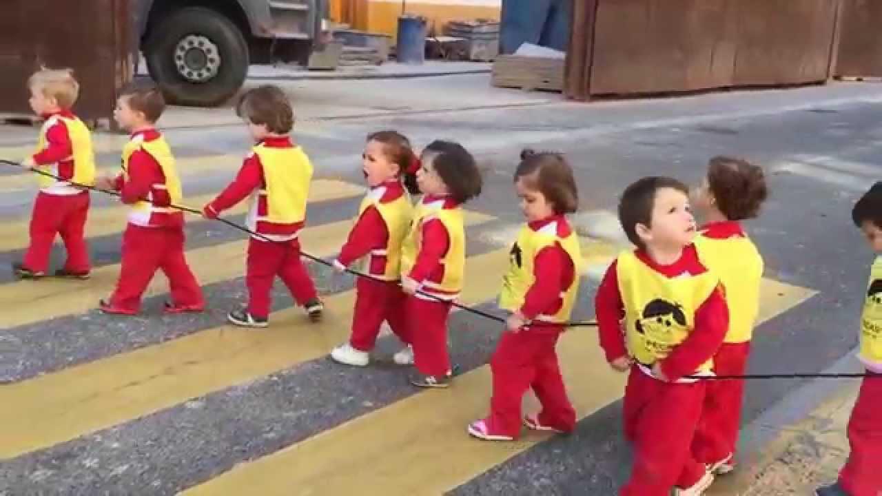 Los pecos s de nuestra escuela infantil pecas por la calle alcal a la salida del museo youtube - Escuelas infantiles pozuelo ...