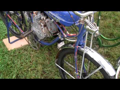 RARE ANTIQUE 1946 WHIZZER MOTORBIKE