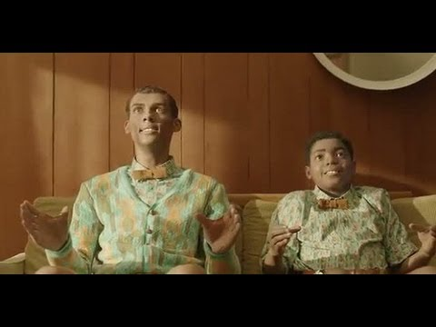 Stromae - Papaoutai Lyrics [Racine Carré] (Deutsch) (2013) Official Music Review Video Vidéo Touristique