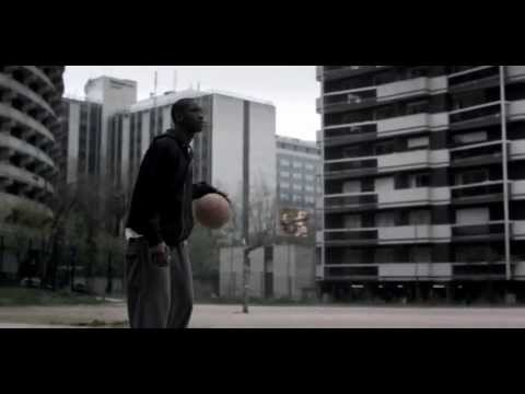 Реклама Nike - обычные люди (Nike Commercial Ordinary People Tidiani Sokoba)