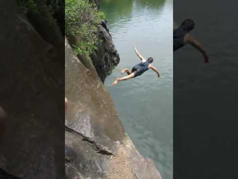 Omg indian swimmer running by side and diving