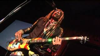 "Chocolate Fudge & Rainbow  at B.B. Kings, N.Y. 2012 Part 9 ""TM Bass Solo"""