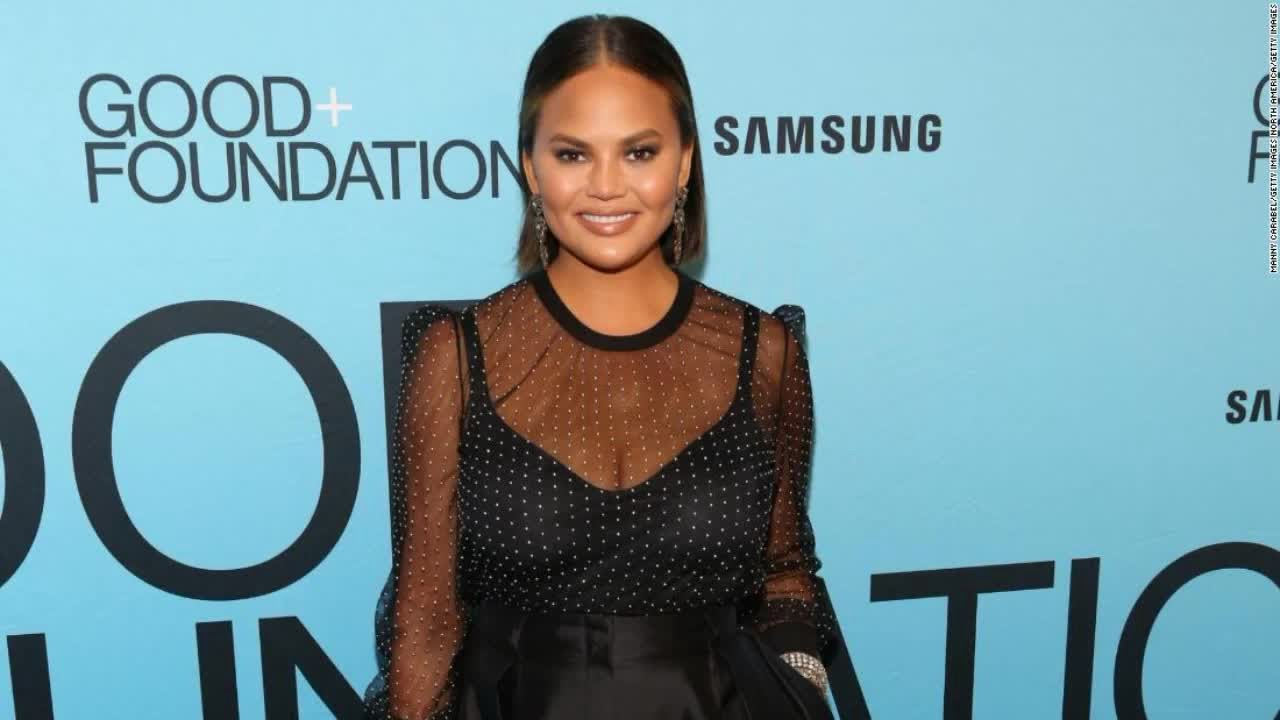 Chrissy Teigen, Seth Rogan, Celebrities Donate Money to Bail Out ...