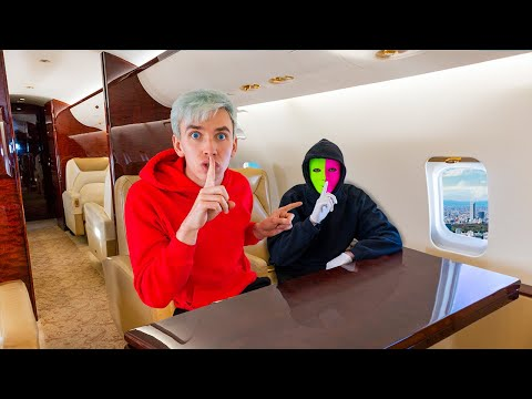 TOP SECRET MEETING in SPY AGENT PRIVATE JET!! (New Mystery Neighbor Mission Evidence Revealed)