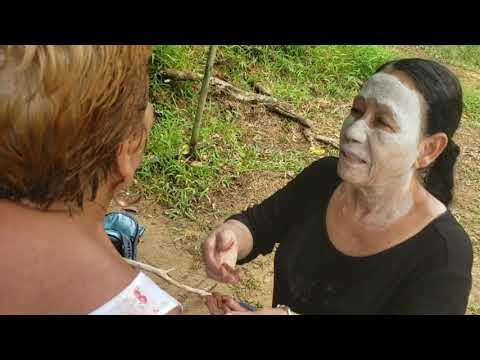 La Curandera Wise Witch Healer Woman / Earth & Spirit