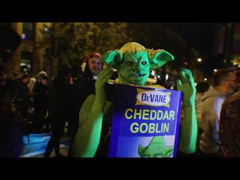 Chicago's Haunted Halsted Halloween Parade