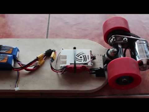 Awesome Raspberry Pi Electric Skateboard (video)