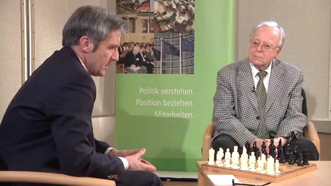 Youtube Video: Donnerstagsgespräch: Zug um Zug mit Wolfgang Uhlmann