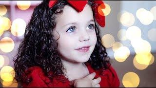 5 year old Sophie Fatu - Moon River (Frank Sinatra)