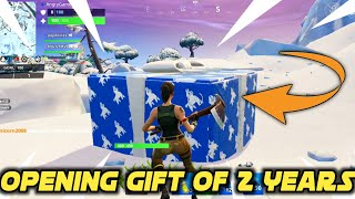 Destroying 2 Year Anniversary Gift In Fortnite