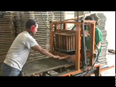 Maquinaria para fabricacion de bloques y adoquines en - Como colocar adoquines de hormigon ...