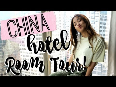 HOTEL ROOM TOUR + GRAMMY TRICKED ME!! 🐢 | Asia Vlog #2
